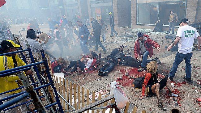 marathon-explosion-people-on-sidewalk