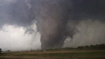 Tornado bearing down on Moore, OK; May 21, 2013