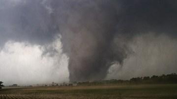 Tornado bearing down on Moore, OK; May 21, 2013