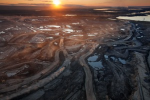 candian-oil-sands-615